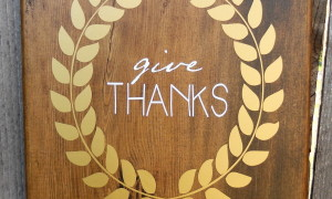 "Thanksgiving vinly art-golden wreath, ""give thanks"""